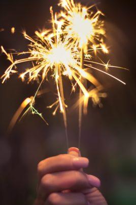 Comment fêter la nouvelle année 2019 à ses clients ?